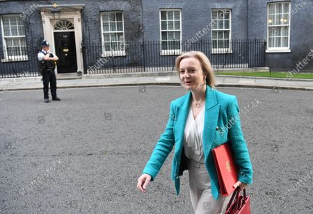 Britain's Secretary of State for International Trade Liz Truss arrives for a political cabinet meeting in Downing Street in London, Britain, 30 September 2020. Prime Minister Johnson is expected to deliver a statement to media updating the UK response to coronavirus.