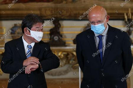 Portuguese Foreign Minister Augusto Santos Silva (R) and his Japanese counterpart Toshimitsu Motegi (L) during their joint press conference after a meeting at Necessidades Palace in Lisbon, Portugal, 30 September 2020.