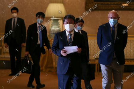 Portuguese Foreign Minister Augusto Santos Silva (R) and his Japanese counterpart Toshimitsu Motegi (3-L) before their joint press conference after a meeting at Necessidades Palace in Lisbon, Portugal, 30 September 2020.