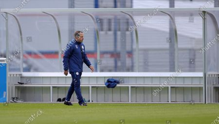 Manuel Baum, the newly appointed head coach of German Bundesliga team FC Schalke 04, attends his team's training session at the training ground in Gelsenkirchen, Germany, 30 September 2020. Manuel Baum was previously coach of the German U18 national team, and has been approved for his new position by the German Football Association (DFB). The position of the assistant coach will be taken over by former Brazilian international and former Bundesliga player Naldo.