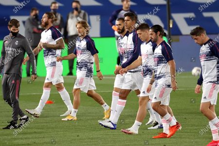Real Madrid's players (L-R); Sergio Ramos, Luka Modric, Karim Benzema, Raphael Varane, Luka Jovic, Isco Alarcon and Fede Valverde; warm up before the Spanish LaLiga Santander match between Real Madrid and Real Valladolid at Alfredo Di Stefano stadium in Madrid, Spain, 30 September 2020.