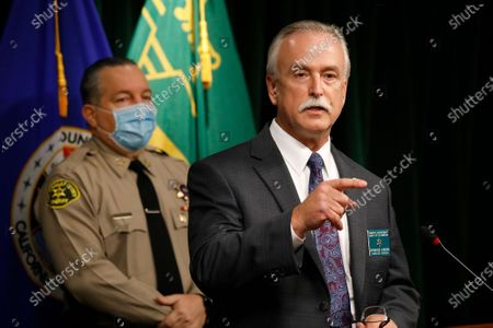 Los Angeles County Sheriff Homicide Bureau Captain Kent A. Wegener, right, and Sheriff Alex Villanueva announce an arrest of Deonte Lee Murray in the ambush shooting of two on-duty deputies who were sitting in their marked patrol car at the Metro Blue Line station in Compton September 12, 2020. Hall Of Justice on Wednesday, Sept. 30, 2020 in Los Angeles, CA. (Al Seib / Los Angeles Times