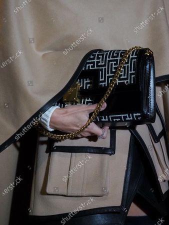 Leonie Hanne, bag detail