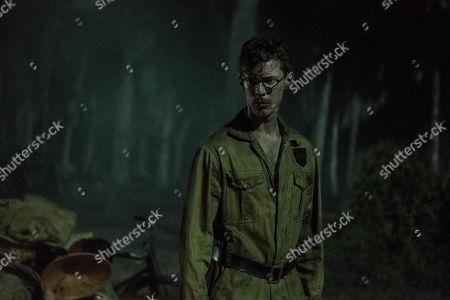 Luke Treadaway as Matthew Webb.