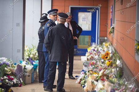 A senior New Zealand police officer on a visit. Metropolitan Police Commissioner Cressida Dick was at Croydon Custody Centre this morning for a visit. The murder investigation continues at pace after the death of police sergeant Matt Ratana almost a week ago at the Croydon Custody Centre in South London.