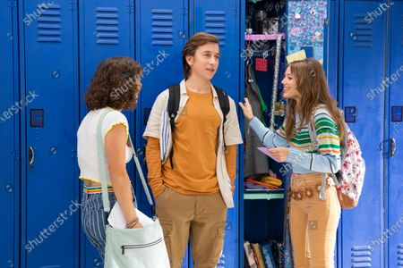 Natalie Paige Goldberg as Becky, Skyler Gisondo as Griffin and Grace Van Dien as Lena