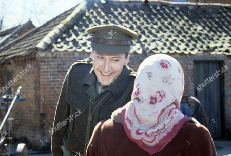 Series 3 - Timothy Carlton as Captain Lillie