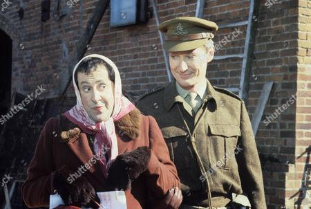 Series 3 - Timothy Carlton as Captain Lillie.