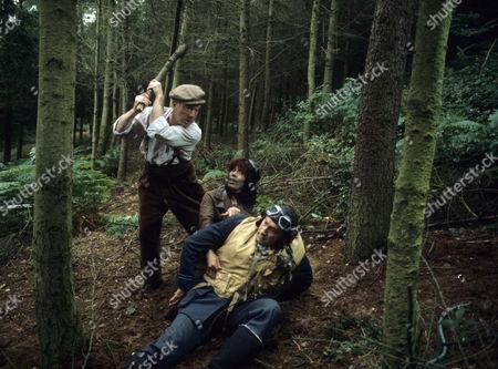 Series 2 - John Stratton as Tom Whitlow, Ernst Walder as Jan Jarowicz.