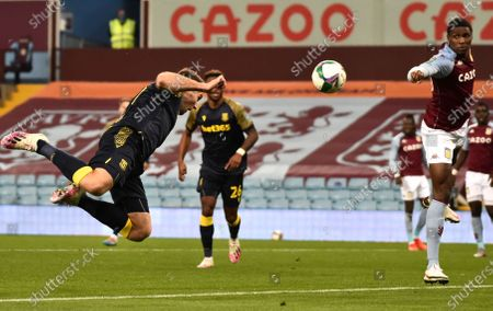 Stoke City's Sam Vokes makes an attempt to score during the English League Cup fourth round soccer match between Aston Villa and Stoke City at the Villa Park stadium in Birmingham, England