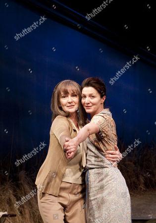 Caroline Lagerfelt (Greta Garbo) and Michelle Fairley (Paulie Hennessy)