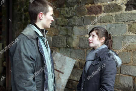 Victoira Sugden [Isobel Hogkins] Tells Daz Eden [Luke Tittensor] That She Didn't Sleep with Aaron Because She's Waiting for Someone She Loves - Him.