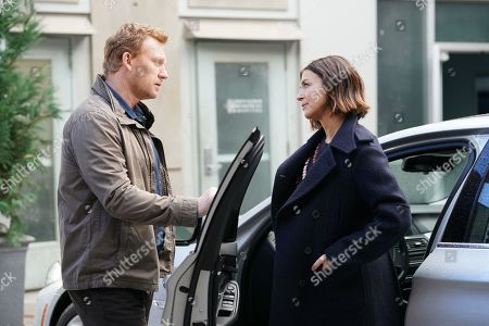 Kevin McKidd as Dr. Owen Hunt and Caterina Scorsone as Dr. Amelia Shepherd