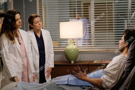 Stock Photo of Stefania Spampinato as Dr. Carina DeLuca, Ellen Pompeo as Dr. Meredith Grey and Giacomo Gianniotti as Dr. Andrew DeLuca