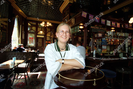 Celebrity Pubs: The Washington Belsize Park. Manager Fiona Walker.