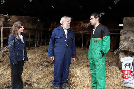 Victoria Sugden [Isobel Hodgins] and Mick Naylor [Tony Haygarth] Give Andy Sugden [Kelvin Fletcher] a Dressing Down for Neglecting the Farm.