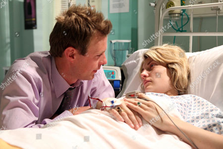 Lexi Nicholls [Sally Oliver] is Heartbroken When Carl King [Tom Lister] Tells Her She Lost the Baby.