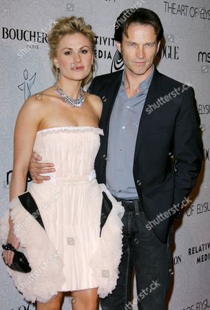Stock Picture of Anna Paquin and Steven Moyer