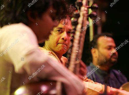Tabla Maestro Zakir Hussain in concert at the Dubai Tennis Stadium