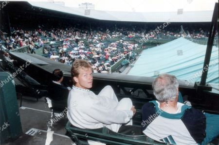Stock Picture of Stefan Edberg - Tennis Player - 1991 Swedens Stefan Edberg With His Coach Tony Pickard At Wimbledon.... Picture Desk ** Pkt 4701-346335