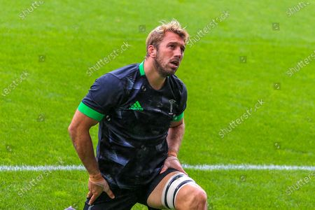 Chris Robshaw of Harlequins (6) warming up during the Gallagher Premiership Rugby match between Leicester Tigers and Harlequins at Welford Road Stadium, Leicester