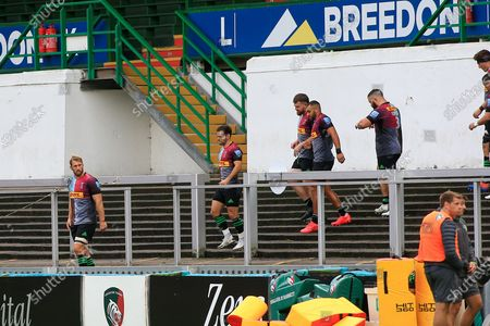 Chris Robshaw of Harlequins (6) leads out the team during the Gallagher Premiership Rugby match between Leicester Tigers and Harlequins at Welford Road Stadium, Leicester