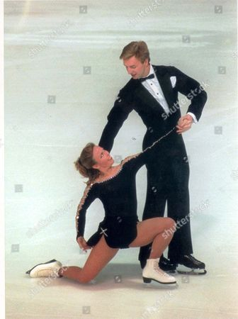 Second Best: Jayne Torvill And Christopher Dean Back In Action Yesterday. Picture Desk ** Pkt4541-329105