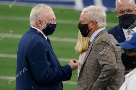 Dallas Cowboys owner Jerry Jones talks to Cleveland Brown owner Jimmy Haslam prior to an NFL football game in Arlington, Texas