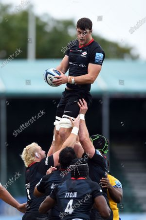 Callum Hunter-Hill of Saracens wins the ball at a lineout