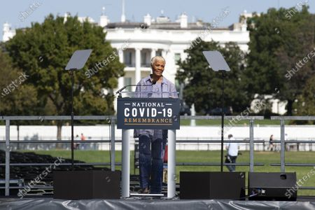 Grammy award-winning singer Dionne Warwick speaks during the National COVID-19 Remembrance, at The Ellipse outside of the South side of the White House, in Washington