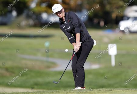 Mel Reid putts at the seventeenth hole during the final round of the Shoprite LPGA Classic golf tournament, in Galloway, N.J
