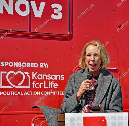 Mary Jean Eisenhower, grand daughter of President Dwight Eisenhower at the kick off the Keep Kansas Great Bus Tour in  El Dorado