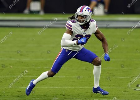 Buffalo Bills cornerback Josh Norman #29 defends a play against the Las Vegas Raiders during the first half of an NFL football game, in Las Vegas