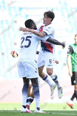 "Simy Simeon Tochukwu Nwankwo (Crotone)Luca Cigarini (Crotone)   celebrates after scoring his team's first goal       during the Italian  Serie A"" match between Sassuolo 4-1 Crotone  at  Mapei Stadium   on October 02 , 2020 in Reggio Emilia, Italy."