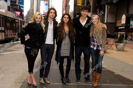 Stock Image of Amanda Phillips, Justin Gaston, Giglianne Braga, Benjamin Elliot and Kara Kilmer