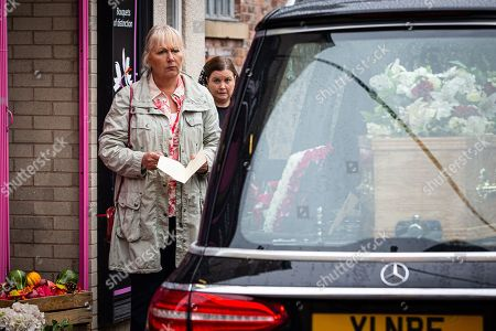 Coronation Street - Ep 10141 Wednesday 14th October 2020 - 1st Ep George Shuttleworth reveals his plan to stage a mock funeral so Mick will think Todd's dead. As Mick arrives will Eileen Grimshaw, as played by Sue Cleaver, go along with the hoax? Also pictured Mary Taylor, as played by Patti Clare.