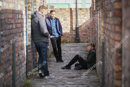 Coronation Street - Ep 10150 Friday 23rd October 2020 - 2nd Ep Todd Grimshaw, as played by Gareth Pierce, finds Dylan Wilson, as played by Liam McCheyne, and assures him his Dad loves him. Sean Tully's, as played by Antony Cotton, grateful.