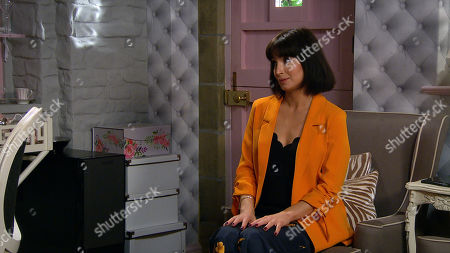 Emmerdale - Ep 8864 Friday 16th October 2020 Leyla Harding, as played by Rokhsaneh Ghawam-Shahidi, and Gabby Thomas plan something big and ambitious.