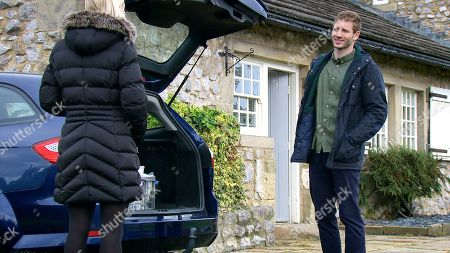 Emmerdale - Ep 8862 Thursday 15th October 2020 - 1st Ep Things soon turn nasty between Jamie Tate, as played by Alexander Lincoln, and Belle Dingle, as played by Eden Taylor-Draper, when out for revenge, Belle switches the contents of two vials of veterinary drugs that Jamie keeps in his car.