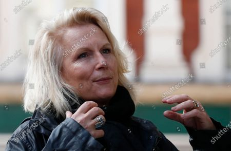 Actress Jennifer Saunders speaks to the media following a 'silent stand' outside the Gielgud Theatre, London, on behalf of the UK theatre industry. The two minute stand is to show solidarity with those in the UK theatre industry who have lost their jobs and received no government support, to highlight the lack of government guidance for the reopening of theatres, an to ask the government to provide the industry with a date when theatres can reopen without social distancing