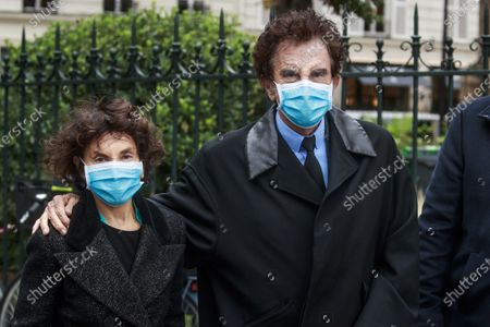 French former Culture Minister Jack Lang (R) and his wife Monique Lang (L) attend the funeral ceremony of French singer Juliette Greco at the Saint-Germain-des-Pres church in Paris, France, 05 October 2020. Juliette Greco died at the age of 93 on 23 September 2020.