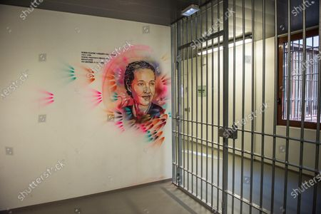 Stock Photo of Christian Guemy, alias C215, street art artist brings art to prisons and in particular to the Sante detention center in Paris at the PITR integration and prevention pole. The portraits made in this space are dedicated to accompanying detainees. C215 offers his works to all the people who come to the remand centers, for different reasons. Here, the realization of the portrait of Simone Veil, who directed the penitentiary administration, brought medico-psychological centers into prison, and generalized libraries. Minister of Health, she decriminalized abortion in France in 1975. It is a voluntary project set up, with the faces of resistance fighters, writers, people of justice, who have left their mark on History or who have a link with this penitentiary center. The aim is to open up avenues for cultural, historical and human reflection with the detainees.