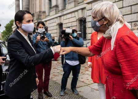 Belarusian opposition leader Svetlana Tikhanovskaya (L) is welcomed by the Vice President of the German Parliament Claudia Roth (R), as she arrives for a meeting at the Reichstag building, the seat of the German parliament Bundestag, in Berlin, Germany, 06 October 2020. The self-exiled Belarusian opposition leader Tikhanovskaya met German Chancellor Merkel during a visit to Berlin.