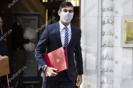 Chancellor of the Exchequer Rishi Sunak departs television studios near Parliament after appearing on Kay Burley at Breakfast. Later today Prime Minister Boris Johnson will make a speech at the Conservative party Conference .Photo credit: George Cracknell Wright/LNP