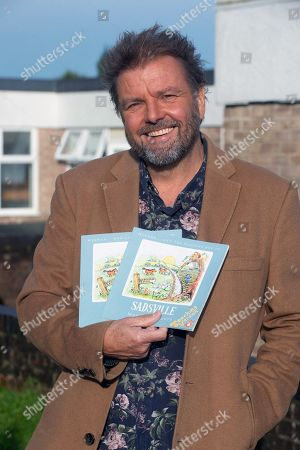 Martin Roberts launches a nationwide schools initiative at Paulton Junior School, Bristol. All 22,500 UK primary schools will receive the specially created teaching version of Martins book, 'Sadsville'. The book is aimed at helping children understand their emotions and why they might me struggling with unhappiness. In addition to providing complementary teaching material, the book will also guide children in ways to feel happier and where to find support.