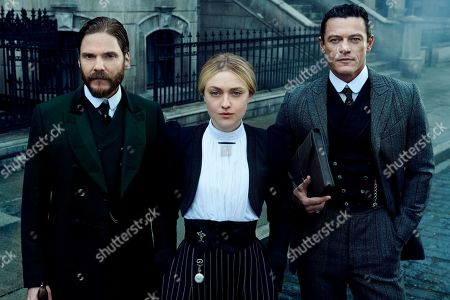 Daniel Bruhl as Laszlo Kreizler, Dakota Fanning as Sara Howard and Luke Evans as John Moore