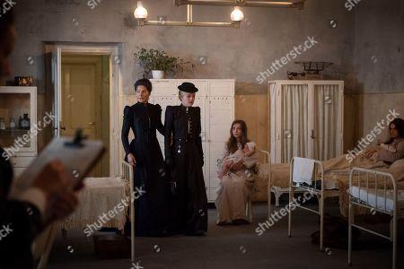 Stock Image of Heather Goldenhersh as Matron and Dakota Fanning as Sara Howard