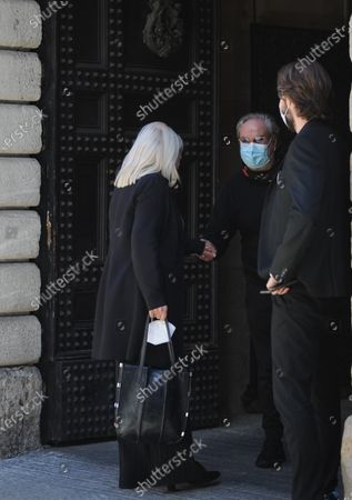Stock Picture of Sandra Milo having lunch with friends and is suprised by Rocco Barocco before getting a taxi back to her hotel.