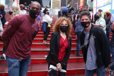 Michael McElroy, Bernadette Peters and Tom Kitt during 'A Moment For Broadway', first event in a series for volunteer organization NYC
