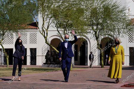 Vice presidential candidate Sen. Kamala Harris, D-Calif., Democratic presidential candidate former Vice President Joe Biden, and Cindy McCain visit at Heard Museum in Phoenix